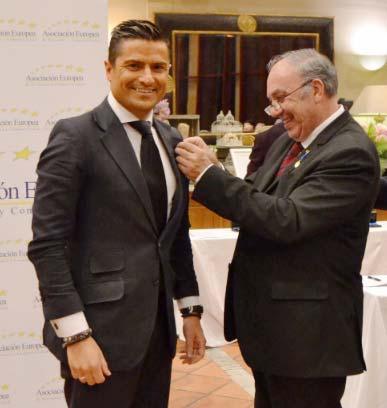 Alfonso Merlos recibe la Medalla Europea al Mérito en el Trabajo